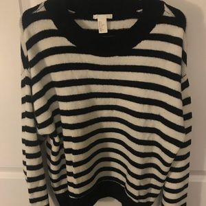 H&M Navy blue and white striped knit sweater
